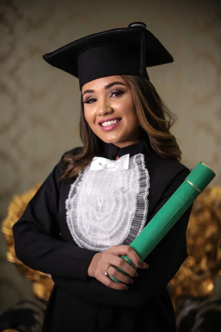 Vasti Léia da Silva, santarosense, se forma em Medicina no Centro Universitário INTA em Sobral no Ceará