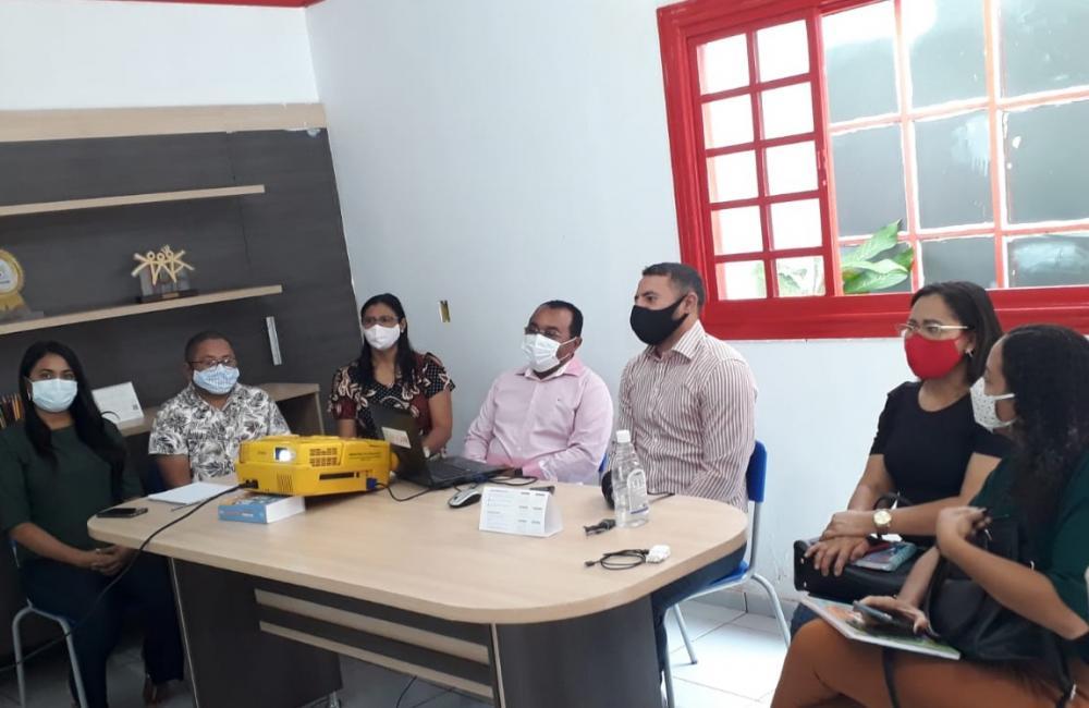 1º Encontro de Dirigentes Municipais de Educação do ADE GE5 em Santa Rosa do Piauí