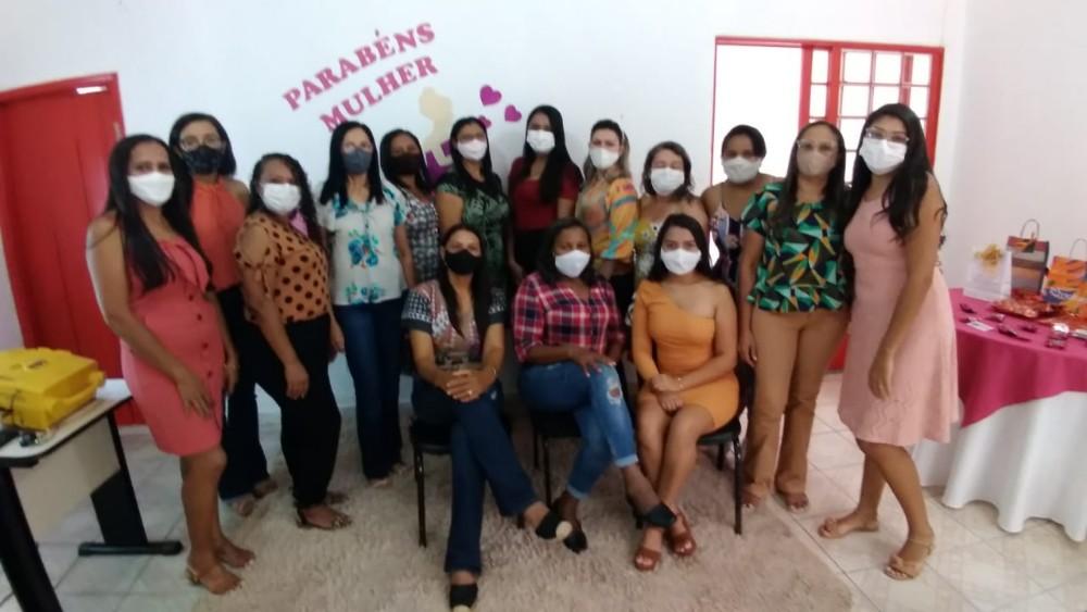 Dia da Mulher é comemorado na Secretaria de Educação