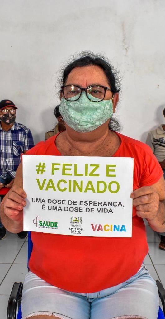 Santa Rosa recebe novo lote de vacinas para imunização de idosos entre 67 e 69 anos
