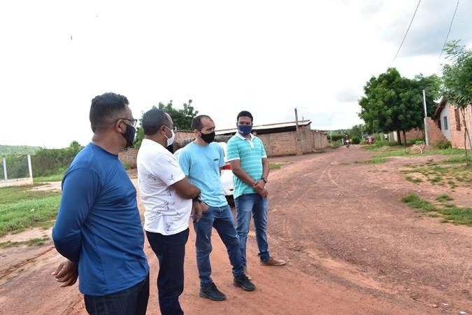 Ruas do Povoado Santana receberão pavimentação em poliédrica