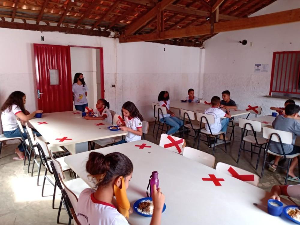 Escolas municipais de Santa Rosa do Piauí retornam aulas presenciais nesta segunda-feira (09)