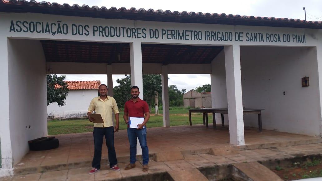 Coordenação de alimentação visita agricultores