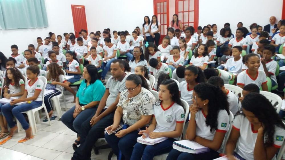 Escola promove palestra para destacar direitos e deveres de alunos em Santa Rosa