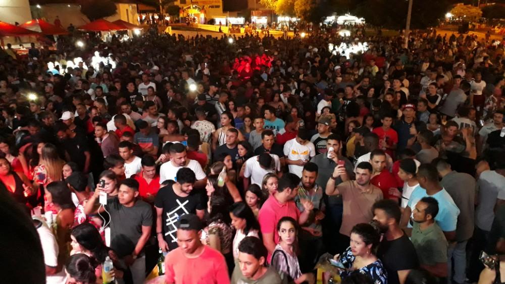 Atrações nacionais animam terceiro dia de comemoração do 27° aniversário da cidade