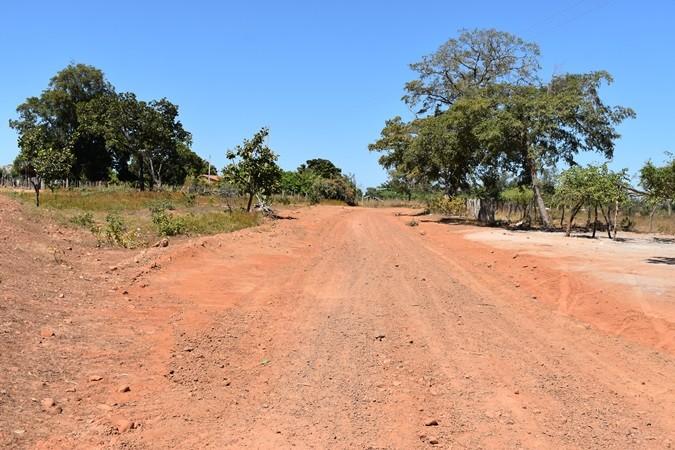 Prefeitura continua com o trabalho de recuperação de estradas vicinais nas localidades do município de Santa Rosa
