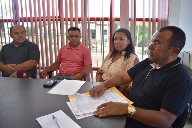 Prefeito convoca reunião para apresentação da nova secretária de saúde