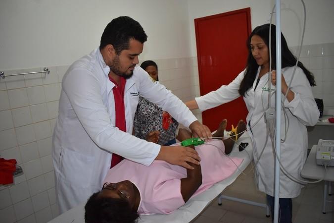 Exame eletrocardiograma está sendo realizado em Santa Rosa do Piauí