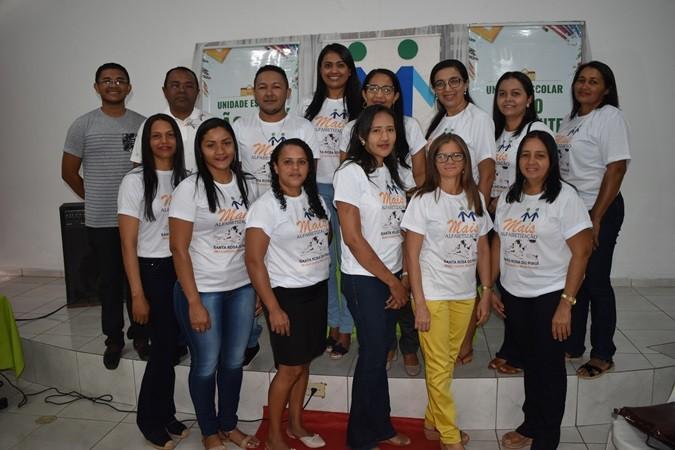 Secretaria Municipal de Educação realiza solenidade de abertura do programa Mais Alfabetização em Santa Rosa do Piauí