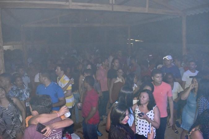 Os Meninos de Barão anima o Ano Novo na Churrascaria Novo Milênio em Cajazeiras do Piauí
