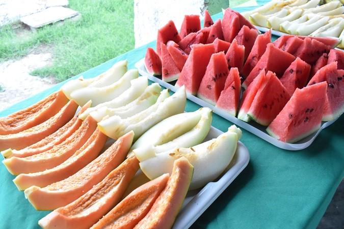 Profissionais participam de café da manhã durante início de matrículas para o ano letivo 2020 em Santa Rosa