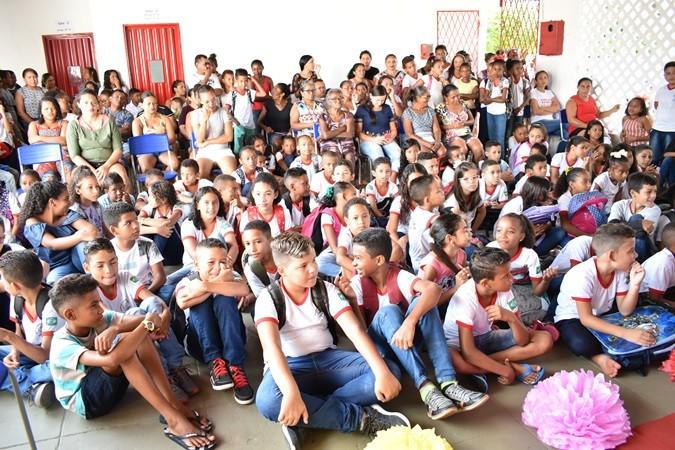 Estudantes da rede municipal voltam às aulas em Santa Rosa do Piauí