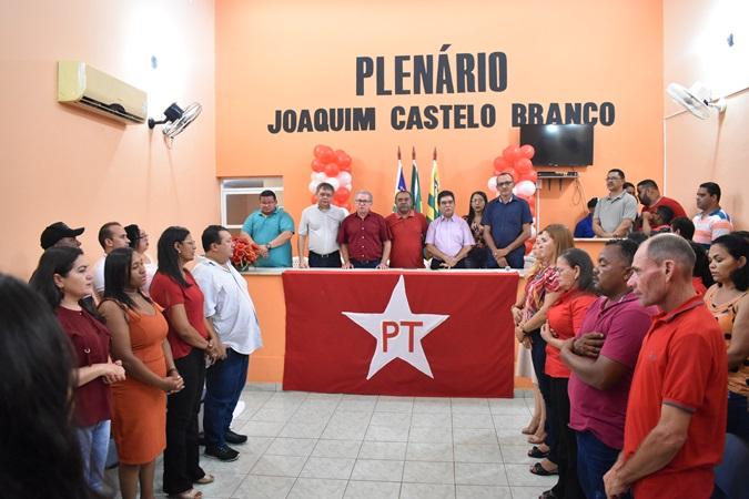Comemoração de 40 anos do PT teve evento e filiação de pré-candidatos em Santa Rosa