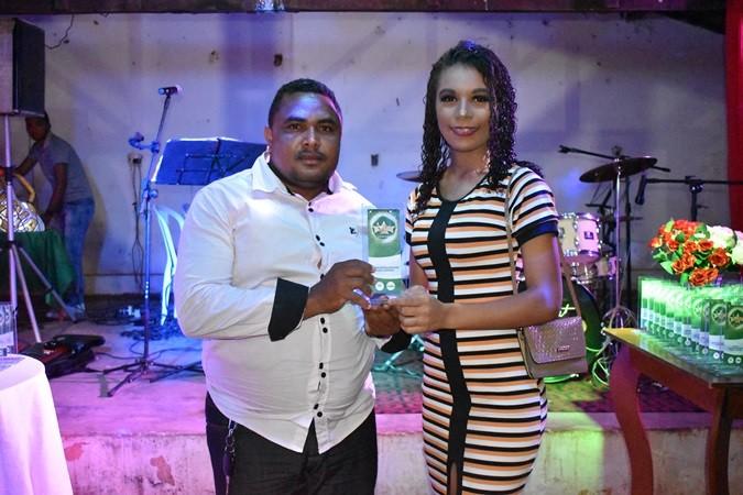 Empresa Vale Eventos homenageia autoridades em Cajazeiras do Piauí