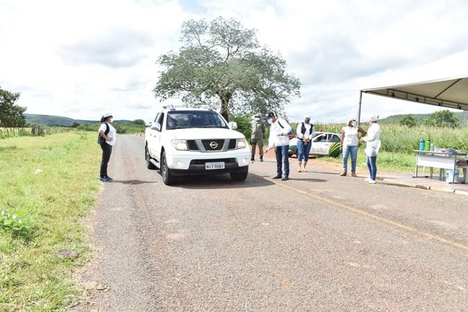 Vigilância Sanitária realiza ação de proteção contra o Coronavírus