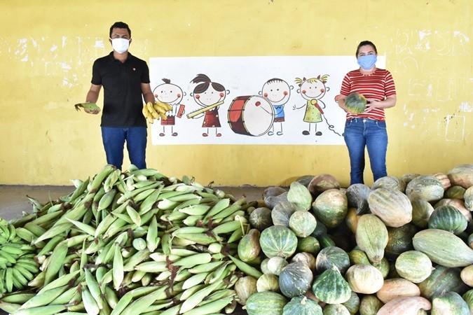 Prefeitura entrega alimentos adquiridos pelo PAA para famílias em Santa Rosa