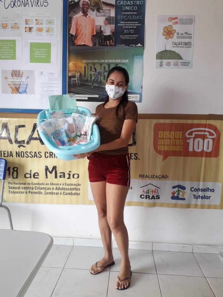 Prefeitura realiza entrega de kits a gestantes em Santa Rosa