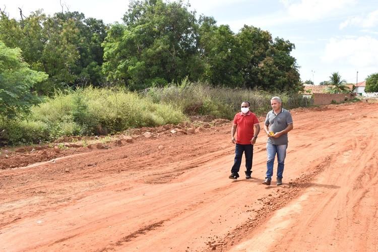 Prefeitura inicia obras de calçamento da Rua Pio IX