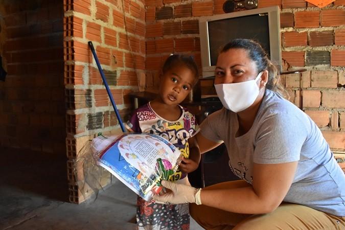 Programa Criança Feliz realiza entrega de kits educativos e preventivos para as crianças do programa