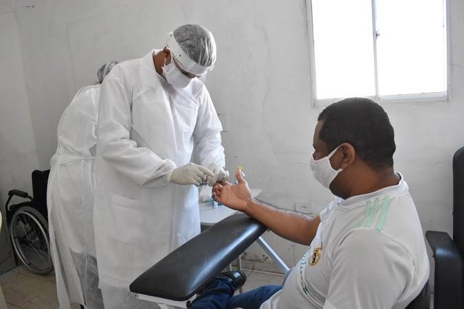 Testes rápidos de Covid-19 são feitos em trabalhadores e profissionais da saúde em Santa Rosa