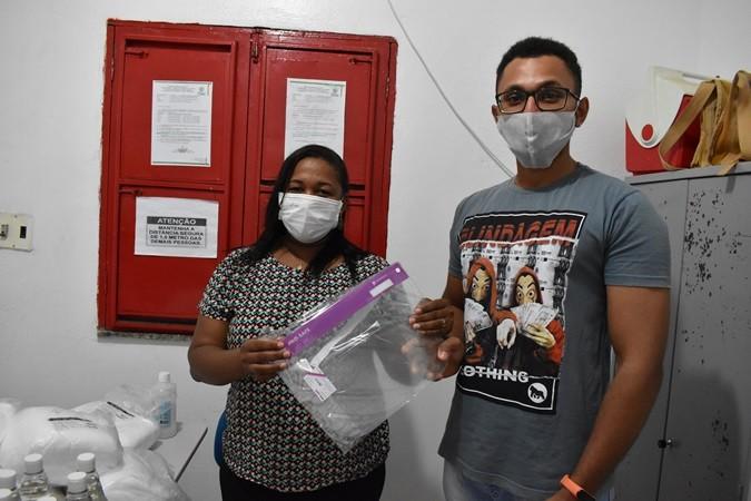 Assistência Social realiza entrega de máscaras e viseiras protetoras de rosto contra o covid-19 para equipe do CRAS, Criança Feliz e Conselho Tutelar