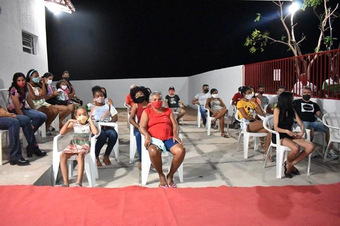 Prefeitura entrega obras em Santa Rosa do Piauí